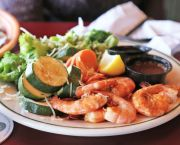 Shrimp and Veggie Platter - Red Drum Grille & Taphouse