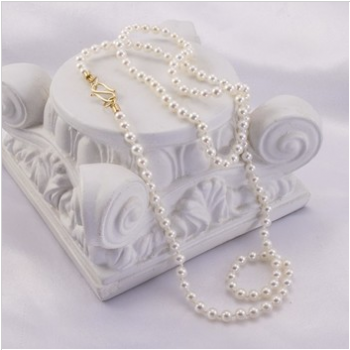 Jewelry By Gail, Precious and Pretty Pearl Necklace