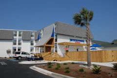 Exterior of Outer Banks Inn
