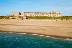 Ramada Plaza Nags Head Oceanfront photo