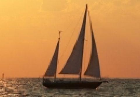 Kitty Hawk Kites, Outer Banks Sailing Cruises
